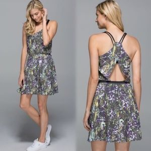 Lululemon City Summer Dress Floral Sports Sz 6 EUC